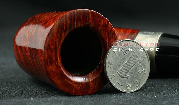 材质:首等石楠木 配件:送三用烟刀1把